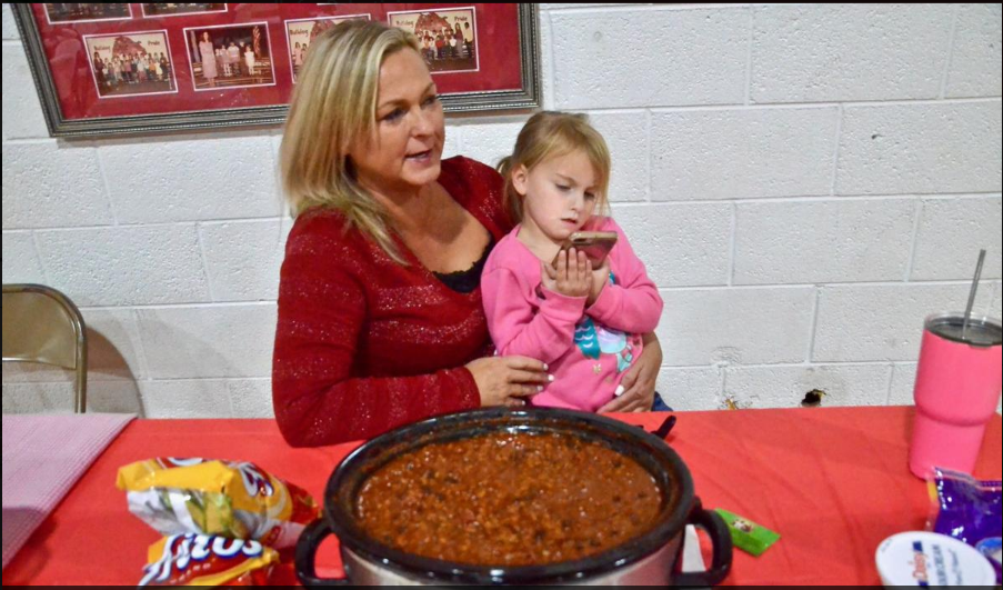 McDaris serves winning chili recipe at Brighter Futures event